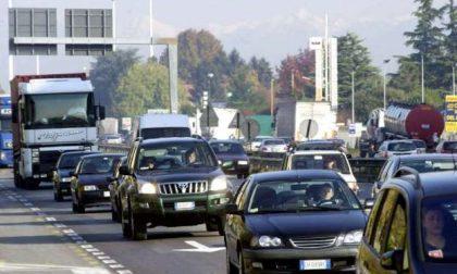 Traffico intenso nel primo weekend di esodo 2020: la Statale 36 tra le più battute d'Italia