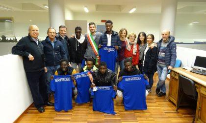 """Bernareggio dà un """"Calcio al razzismo"""""""