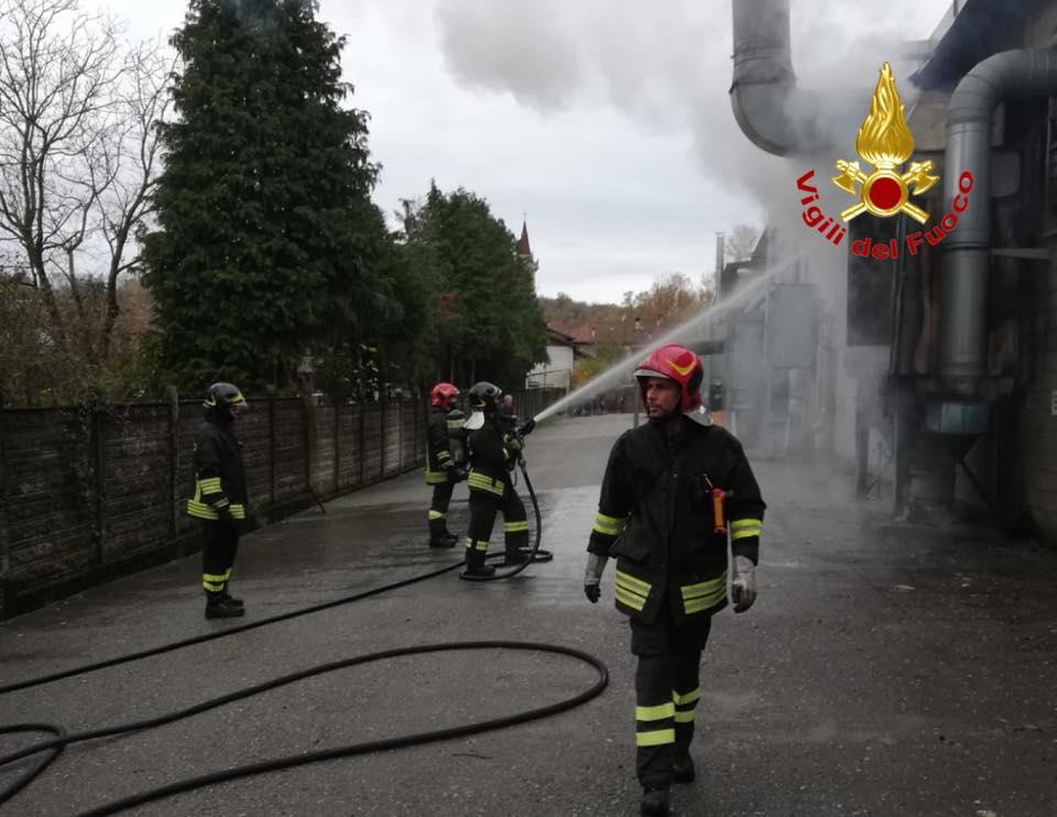 Incendio in una ditta di Fornaci (Briosco).I Vigili del fuoco sono stati chiamati in via XI Febbraio.