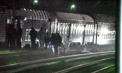 Ragazzino 16enne travolto dal treno forse per una tragica scommessa