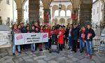 Marcia in rosso contro la violenza sulle donne
