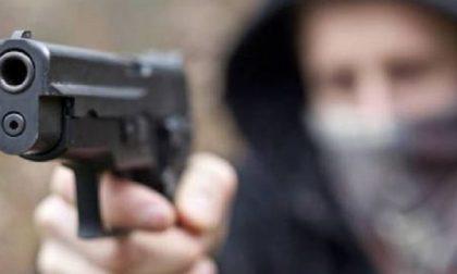 Tentata rapina: gesto eroico di due marocchini che salvano il farmacista