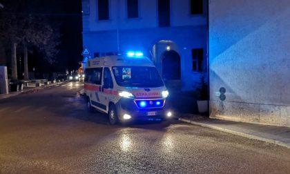 Inciampa sul marciapiede: ferito anziano di Giussano