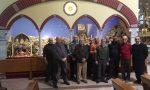 I volontari realizzano uno splendido presepe in chiesa FOTOGALLERY