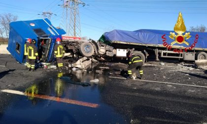 Gravissimo incidente sull'autostrada A8 FOTO