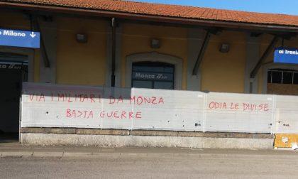 Monza shock, scritte rosse contro l'Esercito