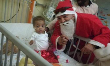 Il tour del sorriso negli ospedali per regalare  doni ai più piccoli