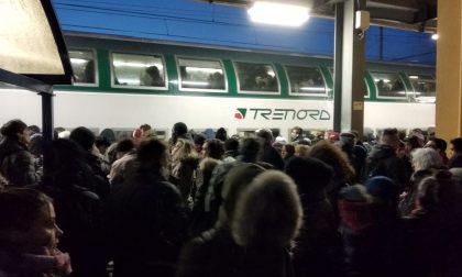 Odissea quotidiana sui treni: sindaci e pendolari in campo insieme