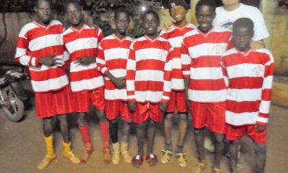 Le divise della Pol di Nova ai bimbi del Mali