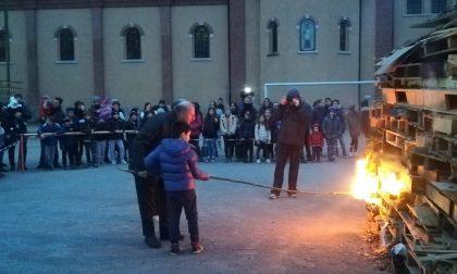 A Triuggio e nelle frazioni falò di Sant'Antonio (LE FOTO)
