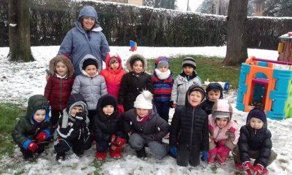 Che bella la neve! Gioia alla scuola dell'infanzia Giovanni XXIII FOTO