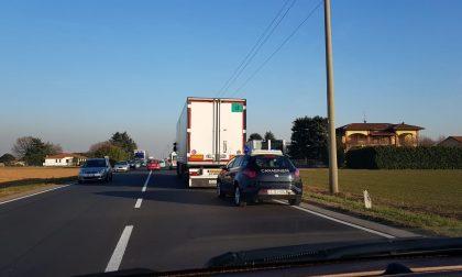 Zuffa sul camion in movimento, arrivano carabinieri e 118
