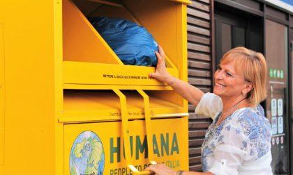Vedano: in tre anni raccolti oltre 19mila chili di indumenti usati