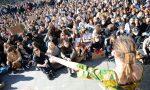 """Cambiamenti climatici, migliaia di studenti in piazza: """"Non c'è un altro pianeta"""" VIDEO"""
