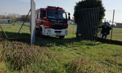 Pompieri a Macherio nel centro sportivo LE FOTO