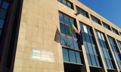 """Strappato e sporco: il Tricolore a Monza è uno """"straccio"""""""