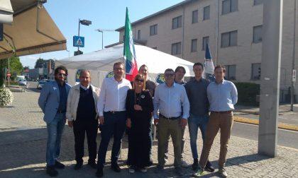 Giussano, elezioni amministrative 2019: banchetto di Fratelli d'Italia