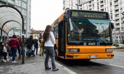 """""""Voglio salire con la bici"""", 30enne blocca bus per mezz'ora"""
