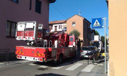 Malore per una donna obesa, arrivano i pompieri