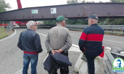 Anche Konrad il Brianzolo al Ponte di Annone con gli… umarell VIDEO