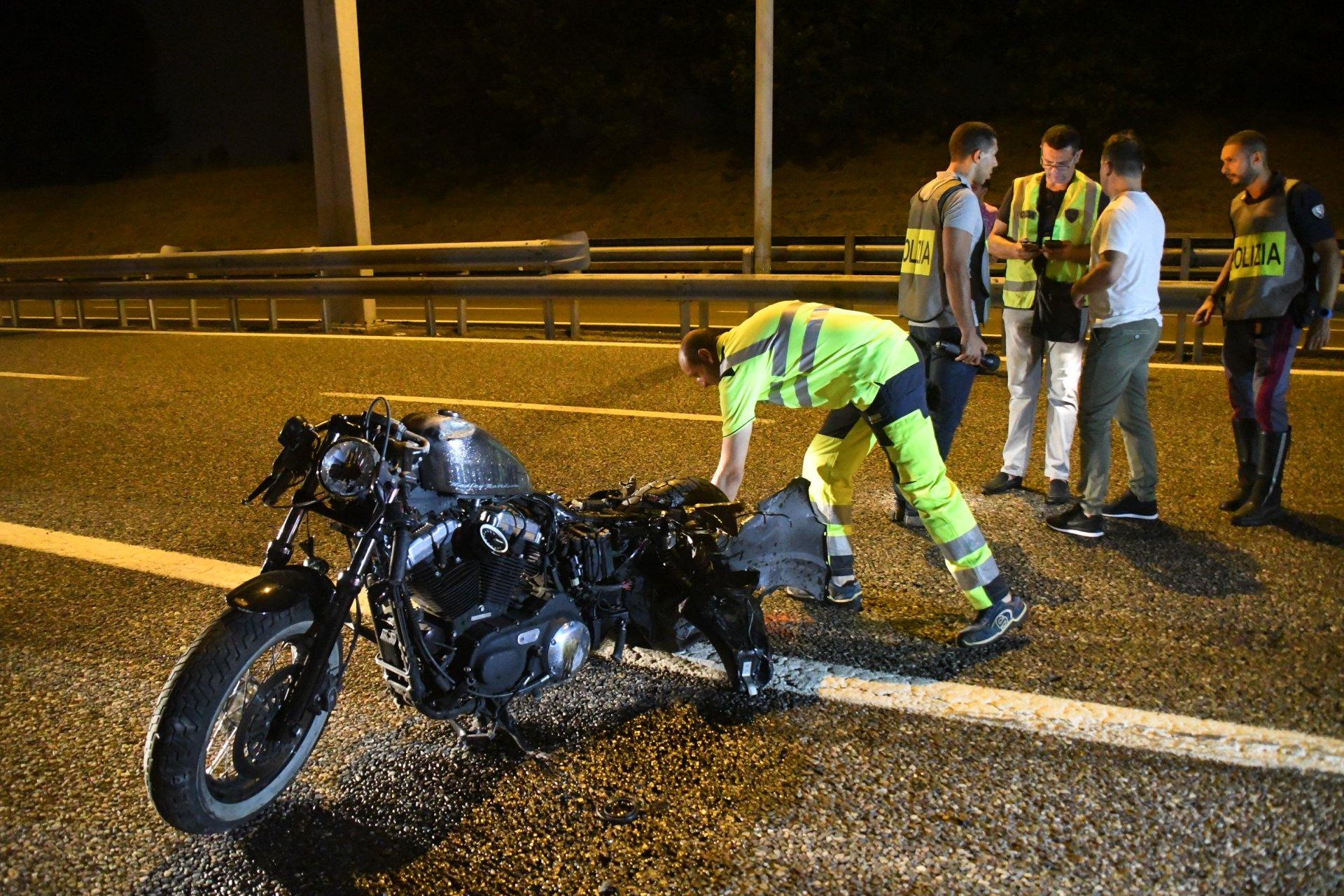 Ubriaco col suv travolge e uccide due ragazzi in moto in Tangenziale Nord