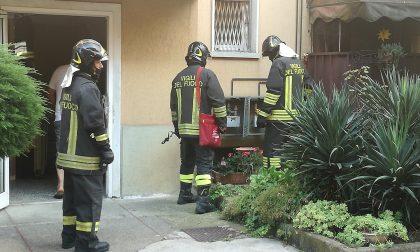 Pompieri nelle case comunali per una fuga di gas FOTO