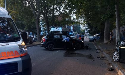 Incidente fra tre auto in zona stadio FOTO