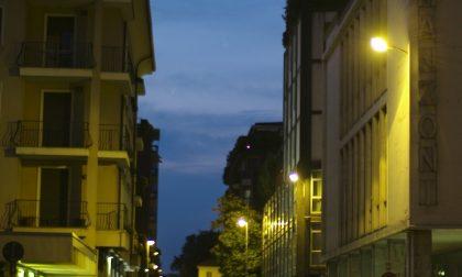 Via Manzoni a Monza, domenica si riapre