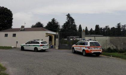 Malore al cimitero urbano di Monza, muore un 77enne