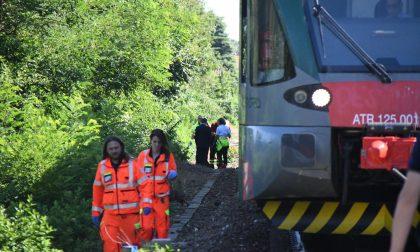 Un uomo morto  sotto il treno ad Arcore FOTO