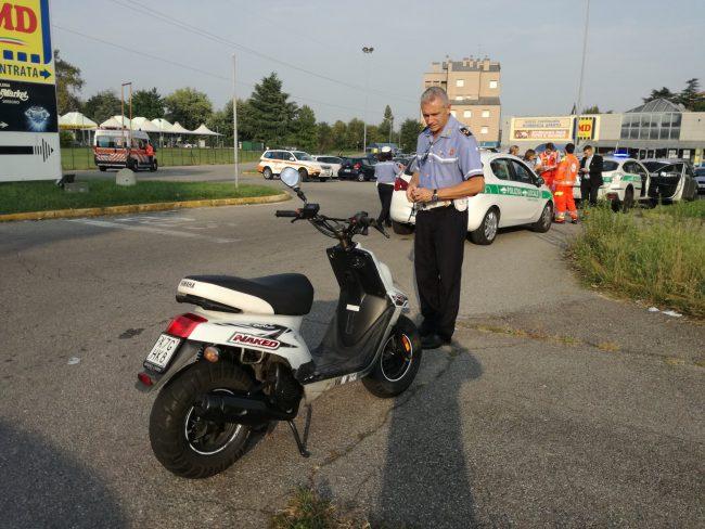 Ferito dopo lo scontro sullo scooter FOTO
