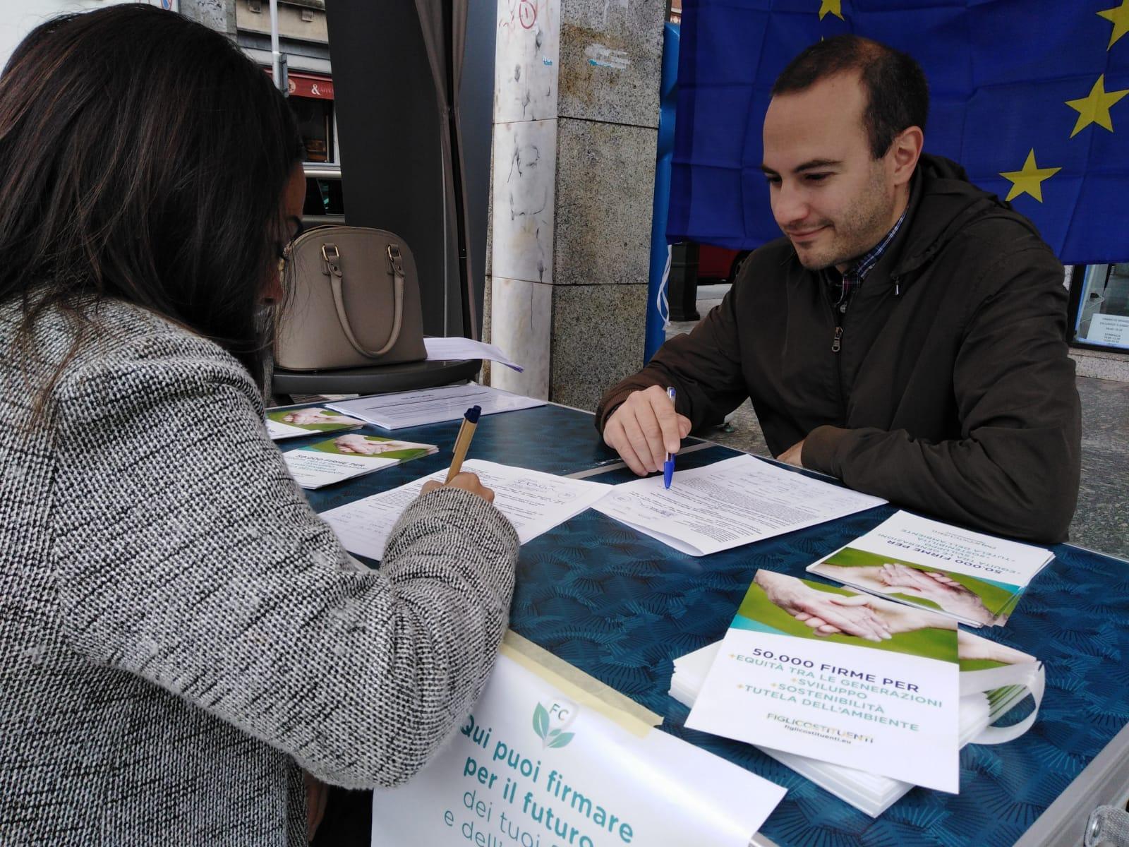 """Più Europa a Monza per la campagna """"Figli Costituenti"""""""