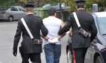Non vede i Carabinieri arrivare: spacciatore ipovedente arrestato