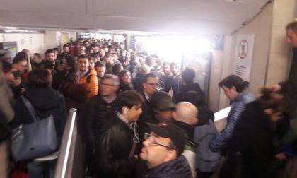 Cancellazioni, guasti e ritardi: mattinata difficile per i pendolari Trenord