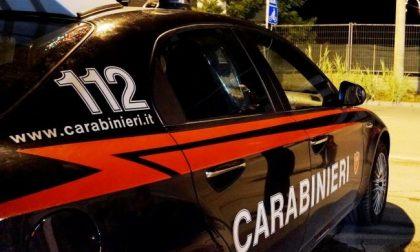 Picchia la baby sitter e rischia di incendiare casa arrestato dai carabinieri
