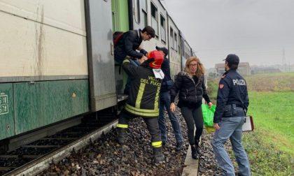 Paura sul treno a Treviglio per un principio d'incendio