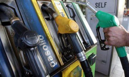 """Sciopero benzinai 6 e 7 novembre: """"A pagare siamo solo noi"""""""