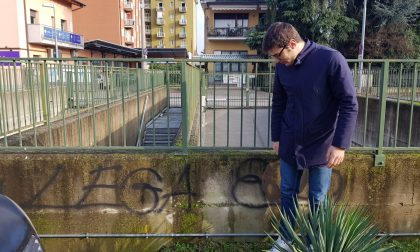 """""""Villasanta non si Lega – 8dio"""", è polemica sulla scritta contro il consigliere del Carroccio"""
