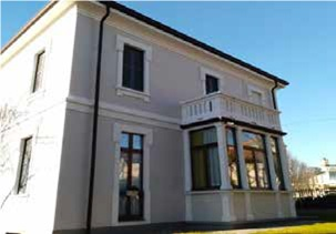L'assessore regionale Stefano Bolognini a Giussano, per l' inaugurazione della casa rifugio