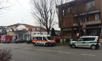 Principio d'incendio a una canna fumaria: pompieri a Sovico