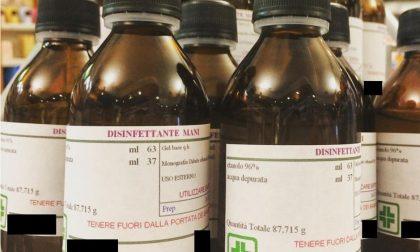 Preparavano e vendevano disinfettanti senza l'autorizzazione del Ministero: due farmacie brianzole nei guai