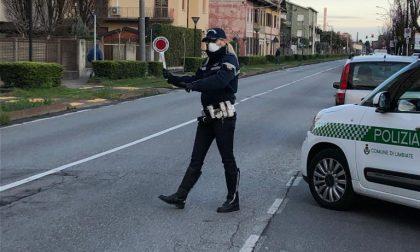Senza mascherina e alla guida ubriaco: multa e auto sequestrata
