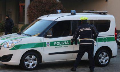 Coronavirus, Polizia locale lungo le strade della città VIDEO