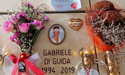 Ladri senza cuore sulla tomba di Gabriele