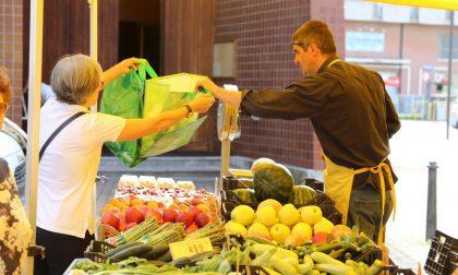 Coronavirus, confermati solo i mercati alimentari