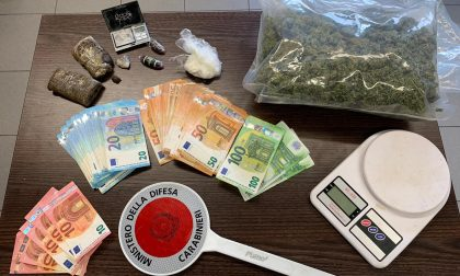 Arrestato spacciatore con cocaina e 4mila euro in casa