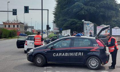 L'isolamento forzato a volte dà alla testa, raffica di denunce dei Carabinieri