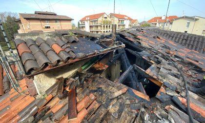 A Seregno incendio sul tetto di un'abitazione