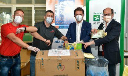 All'ospedale San Gerardo camici, visiere e guanti grazie anche a Cancro Primo Aiuto