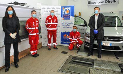 Cancro Primo Aiuto dona un'auto alla Croce Rossa di Lentate